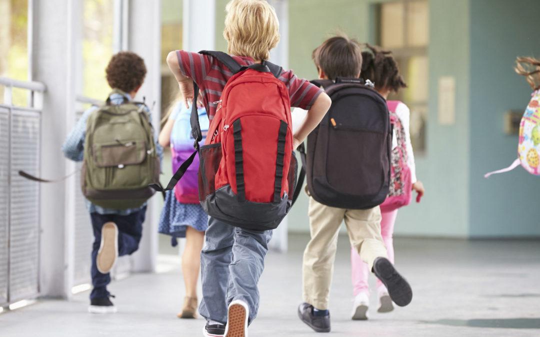 Proteggi la tua schiena! Decalogo per il ritorno a scuola.